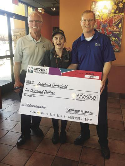 Lodian wins $10,000 scholarship from Taco Bell contest