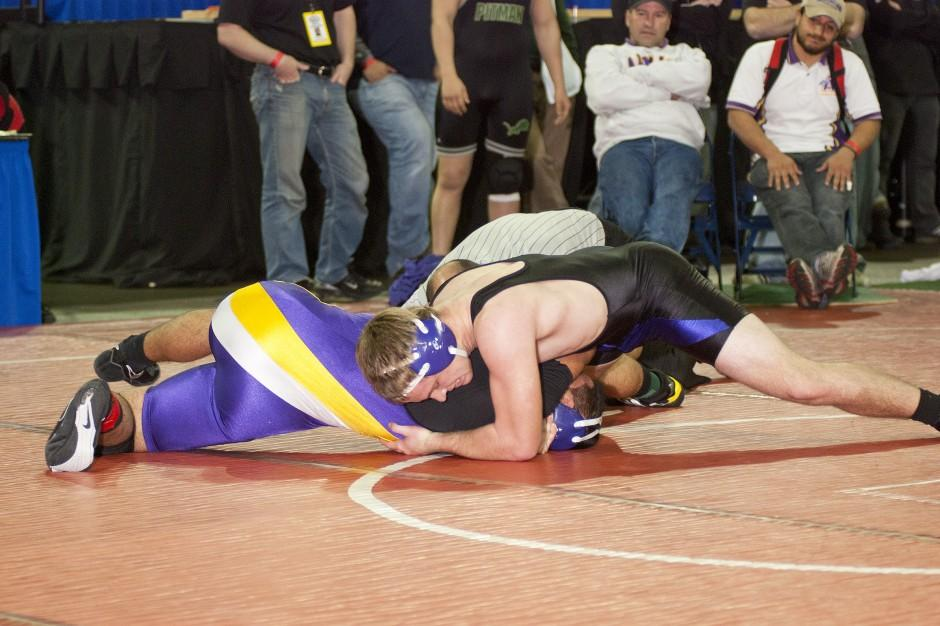 Local athletes set stage for state berths in wrestling