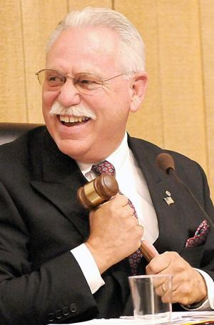 Galt mayor: New year will bring opportunities, challenges