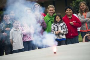 Delta College students show magic of chemistry at Vinewood Elementary School