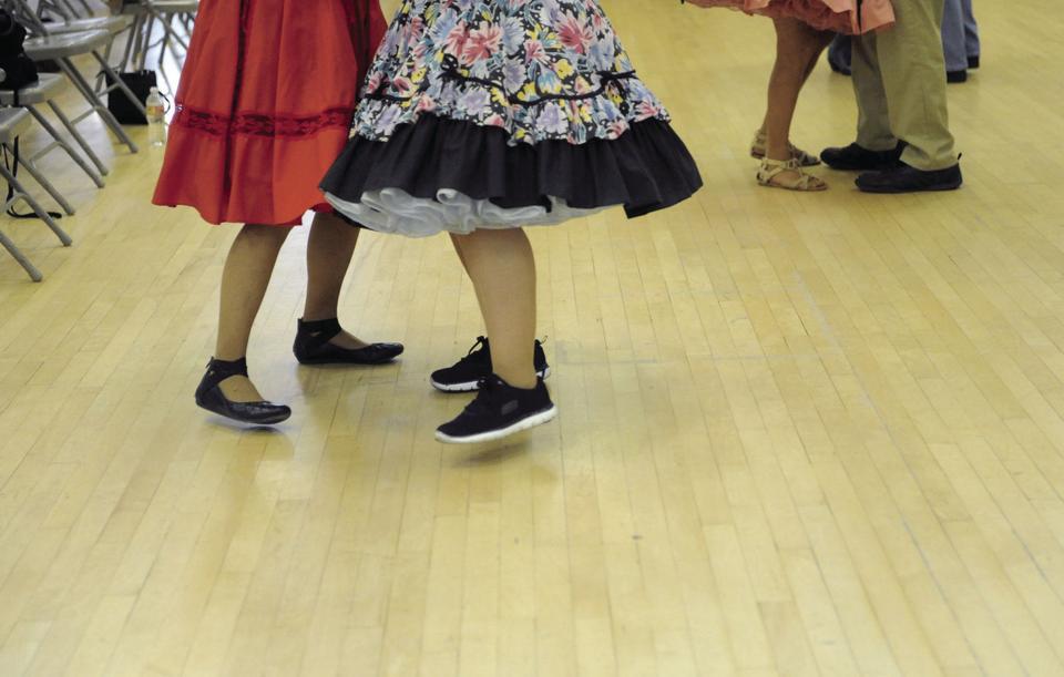 05_26_18_SQUARE_DANCE_09.JPG