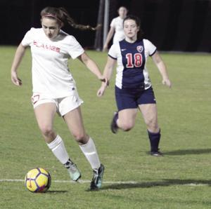 Girls soccer: Lodi's shots fall short vs. Eagles