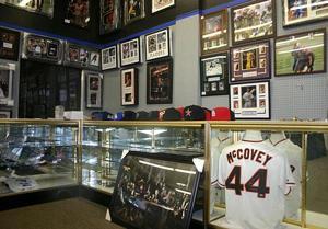 Central Valley Sports fills Lodi's need for memorabilia
