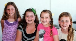 Girls sell homemade crafts to help Lodi House
