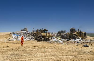 San Joaquin County supervisors vote to go ahead with expansion of North County Landfill