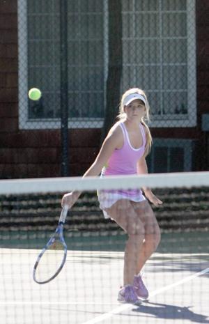 Tokay's Alexa Abdallah, Maddy Gaddy reach tennis quarterfinals