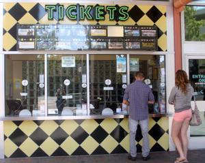Lodi Stadium 12 reopens to early movie-goers