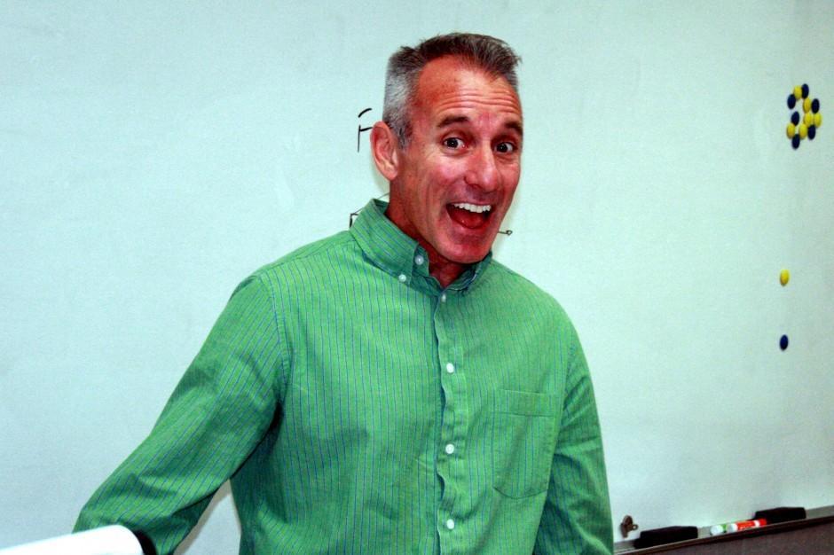 2012 Classroom Hero of secondary education