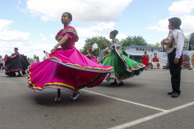 Cinco de Mayo brings color, culture to New Hope Elementary School