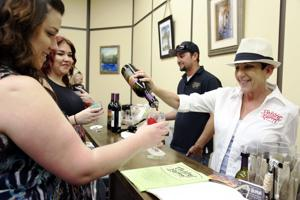 Downtown Lodi merchants, tasting rooms host annual Wine Stroll