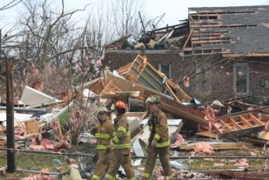 Tornado hits Sunset Hills