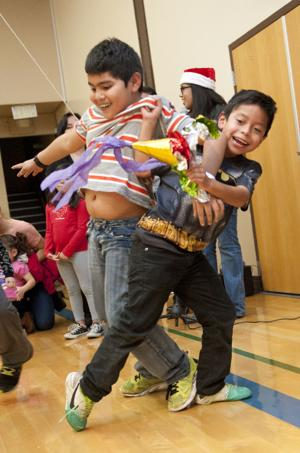 mexican christmas religion st annes celebrates mexican christmas tradition of las posadas