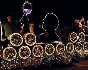 Lodi's Parade of Lights warms spirits, despite the cold