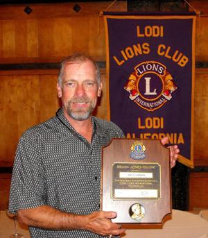 Lodi Lions Club presents Melvin Jones Fellowship to Jim Sturman