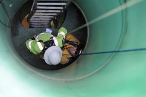 Lodi Fire, Lodi Public Works cooperate on emergency rescue training drill