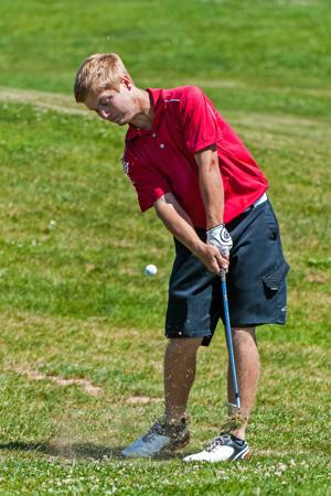 Boys golf: Flames back on top at San Joaquin Athletic Association Championships