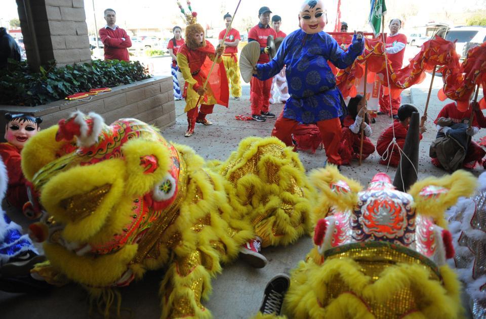 01_28_17_chinese_02jpg - Chinese New Year Dragon Dance