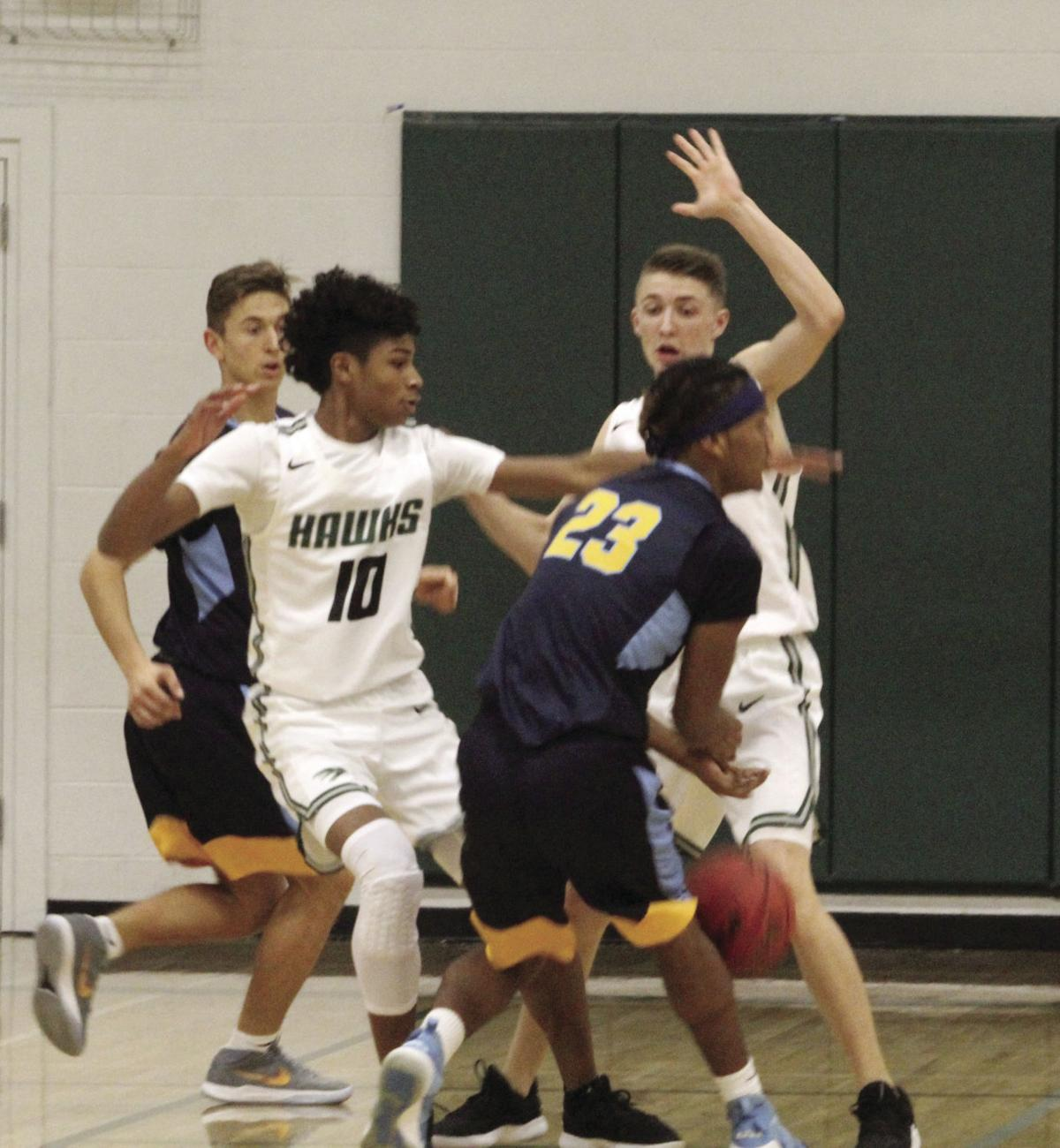 Boys basketball: Hawks head into SVC play at 17-1