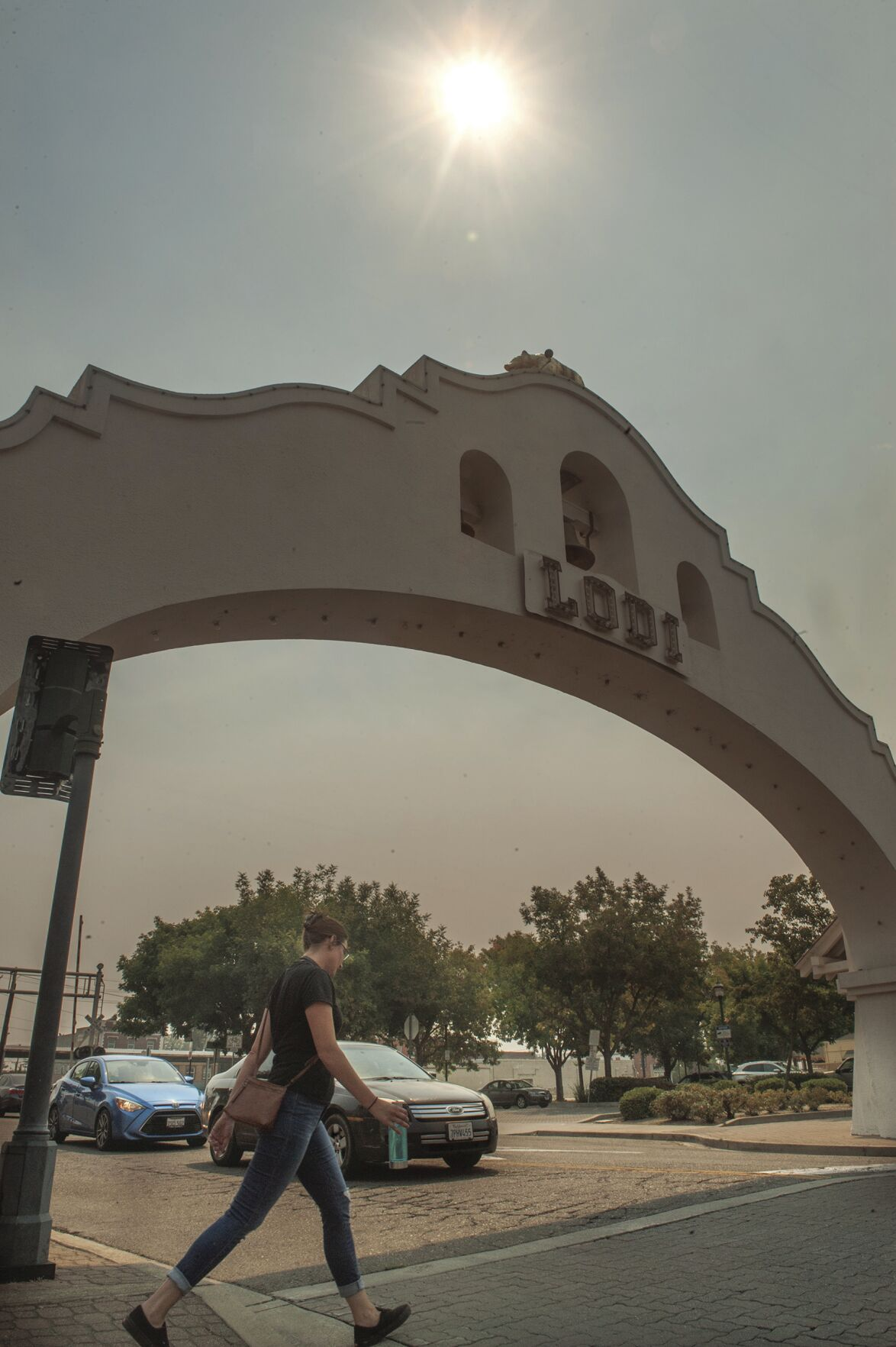 Smoke blankets the Lodi area as wildfires burn throughout state