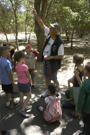 Docents teach, students enjoy nature at Lodi Lake