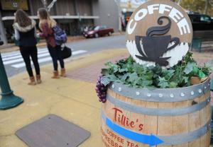 Lodi shoppers flock downtown for Small Business Saturday