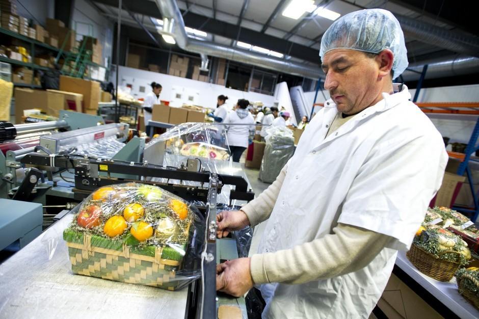 Local companies ship products across U.S.
