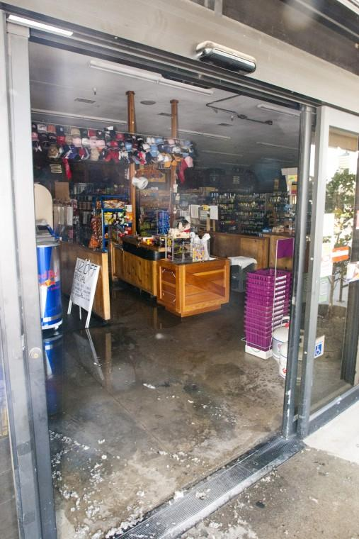 Salisbury Market fire closes store, injures one firefighter