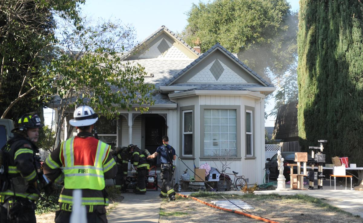 Six cats rescued from Lodi fire