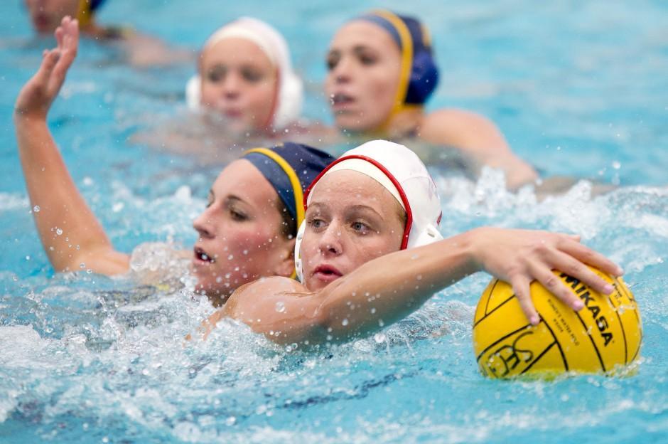 Lodi Flames pull away down stretch in girls water polo quarterfinal