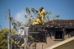 Fire engulfs Lodi apartment