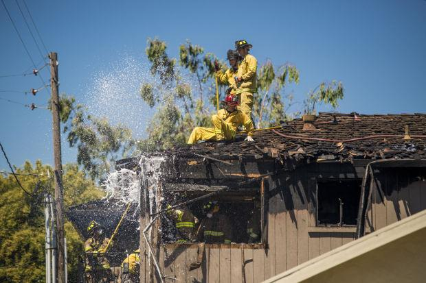 Fire engulfs Lodi apartment