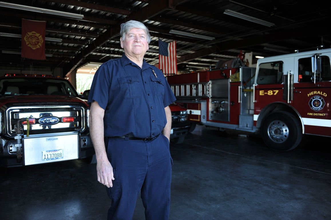 Residents: Flames sparked by dispute in Herald Fire District need to be extinguished