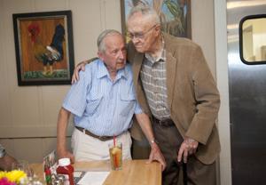 World War II veterans, friends reunite in Lodi