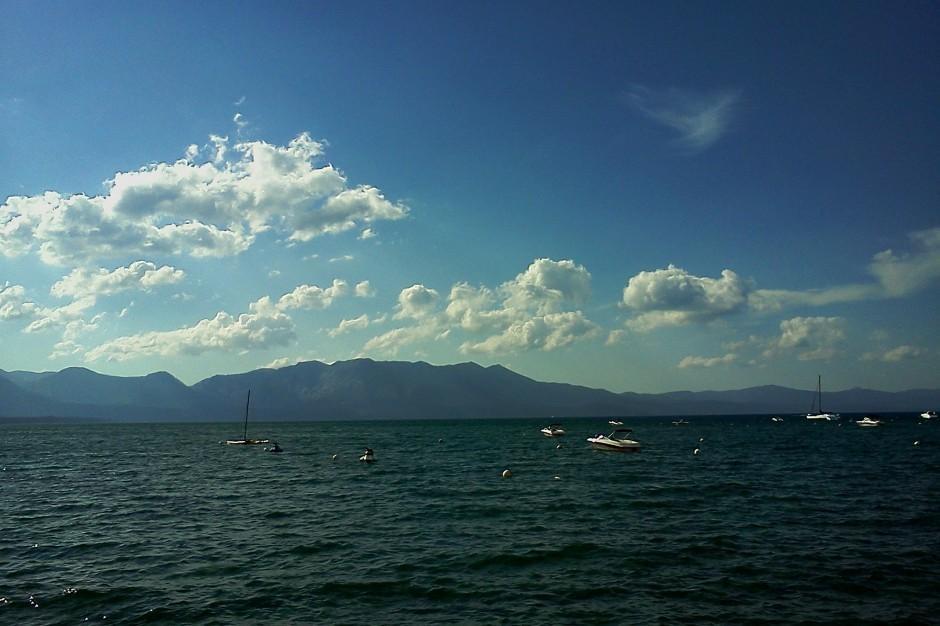 Daytripper:Take a leisurely drive around Lake Tahoe
