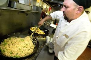 University of the Pacific dining commons serves locally produced food for challenge