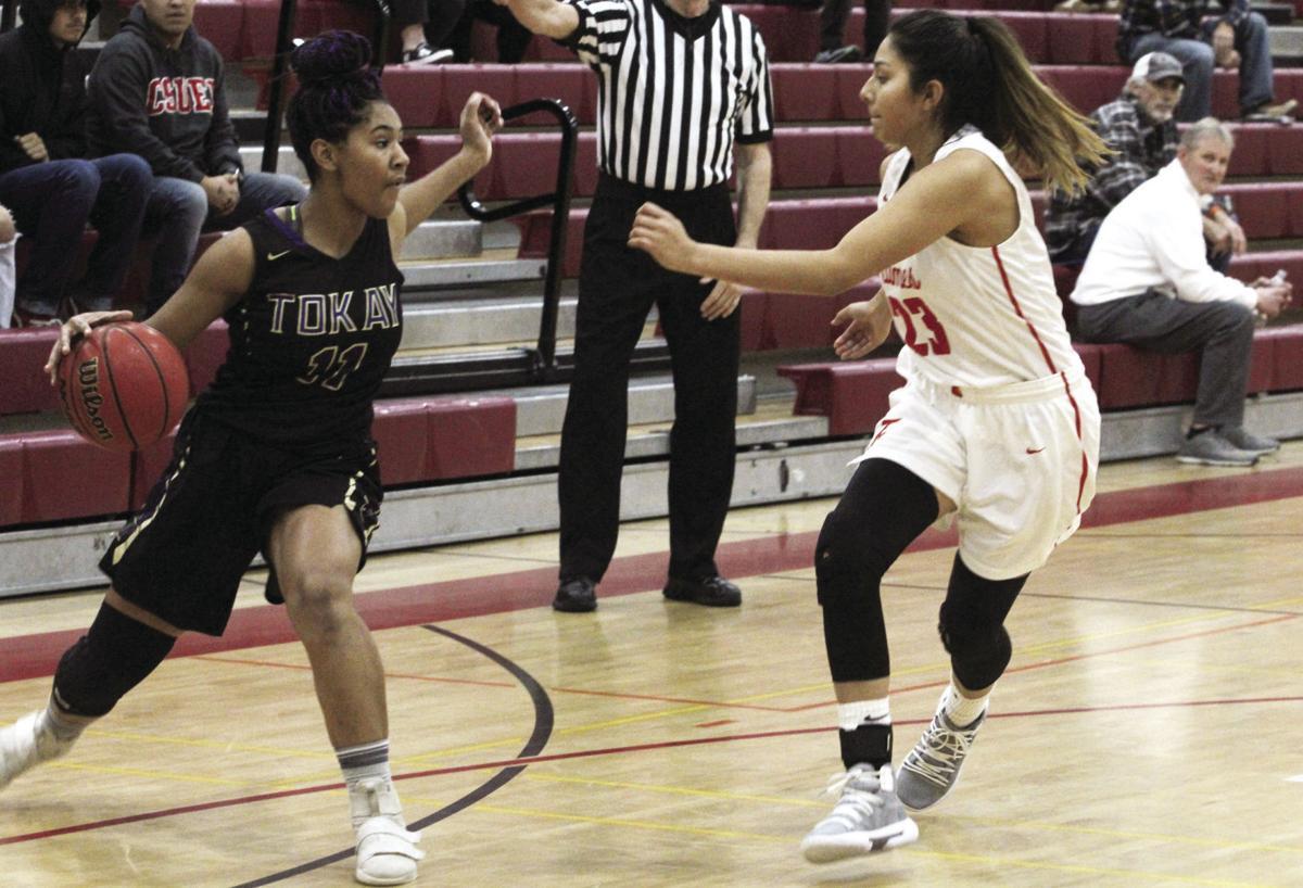 Girls basketball: Flames' hot start beats Tigers