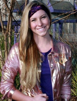 Allison Naasz balances swimming, school