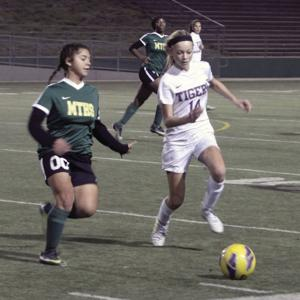 Girls soccer: Tigers gallop past Mustangs