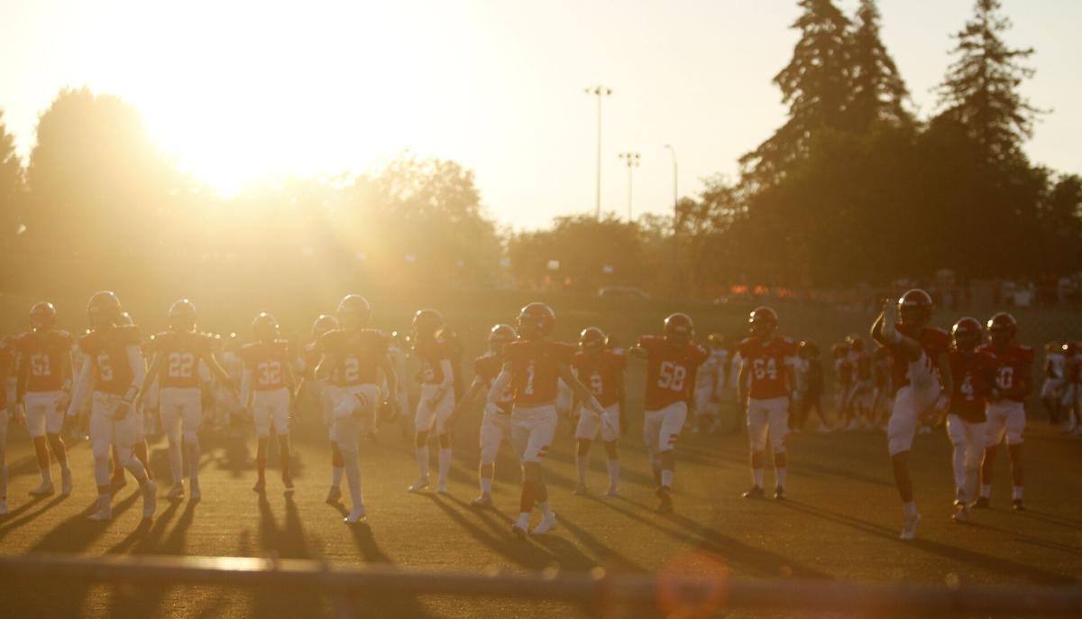 High school football: Edison blanks Lodi in Flames' opener