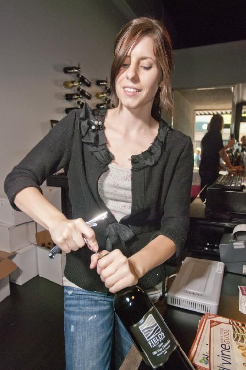 New winetasting room in Downtown Lodi brings more people, business