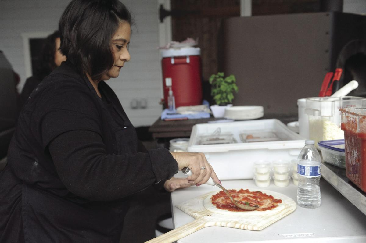 Getting fired up: Local family brings their pizza to the people