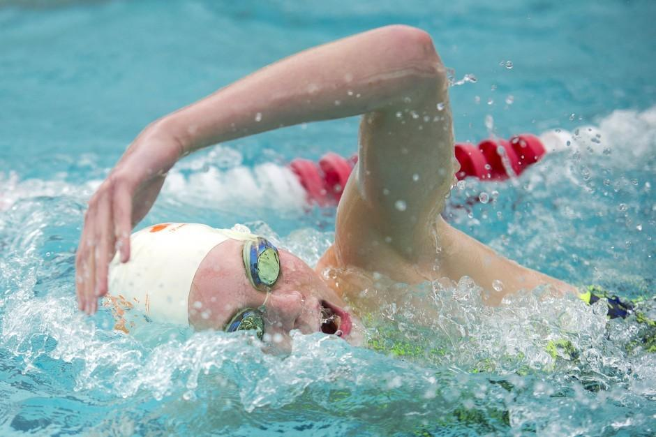 Lodi swimmer Natalie Bowman defies odds in recovery from spinal surgery