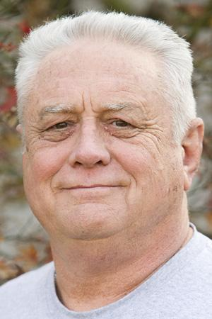 Lodi resident Ed Miller questions Lodi City Council on bonus decision