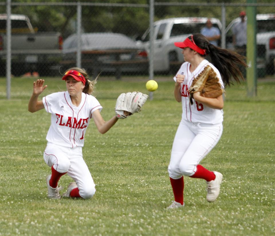 Softball: Tigers deny Flames first league win, keep playoff hopes alive
