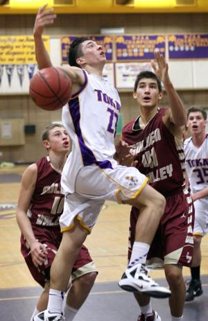 Tigers lose their grip in loss to Golden Valley