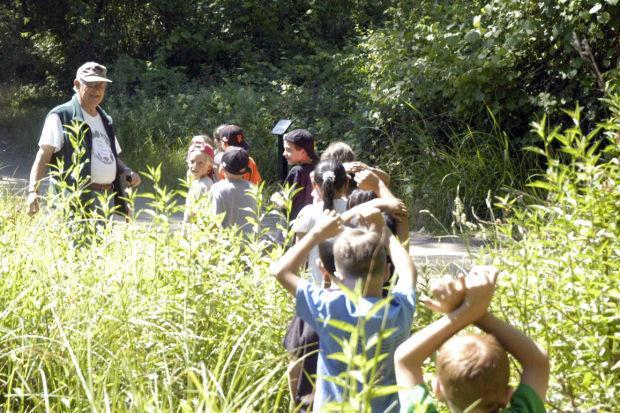 Docents teach, students enjoy nature at Lodi Lake