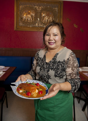 Downtown eatery serving pad Thai noodles, sweet curry dishes and other Thai specialties