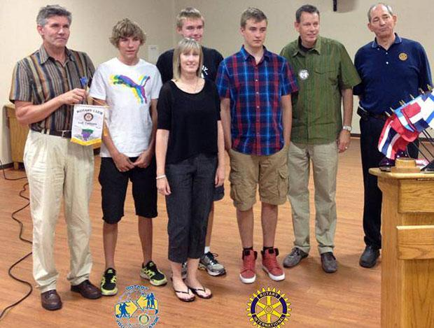 Students from Germany speak at Lodi Rotary
