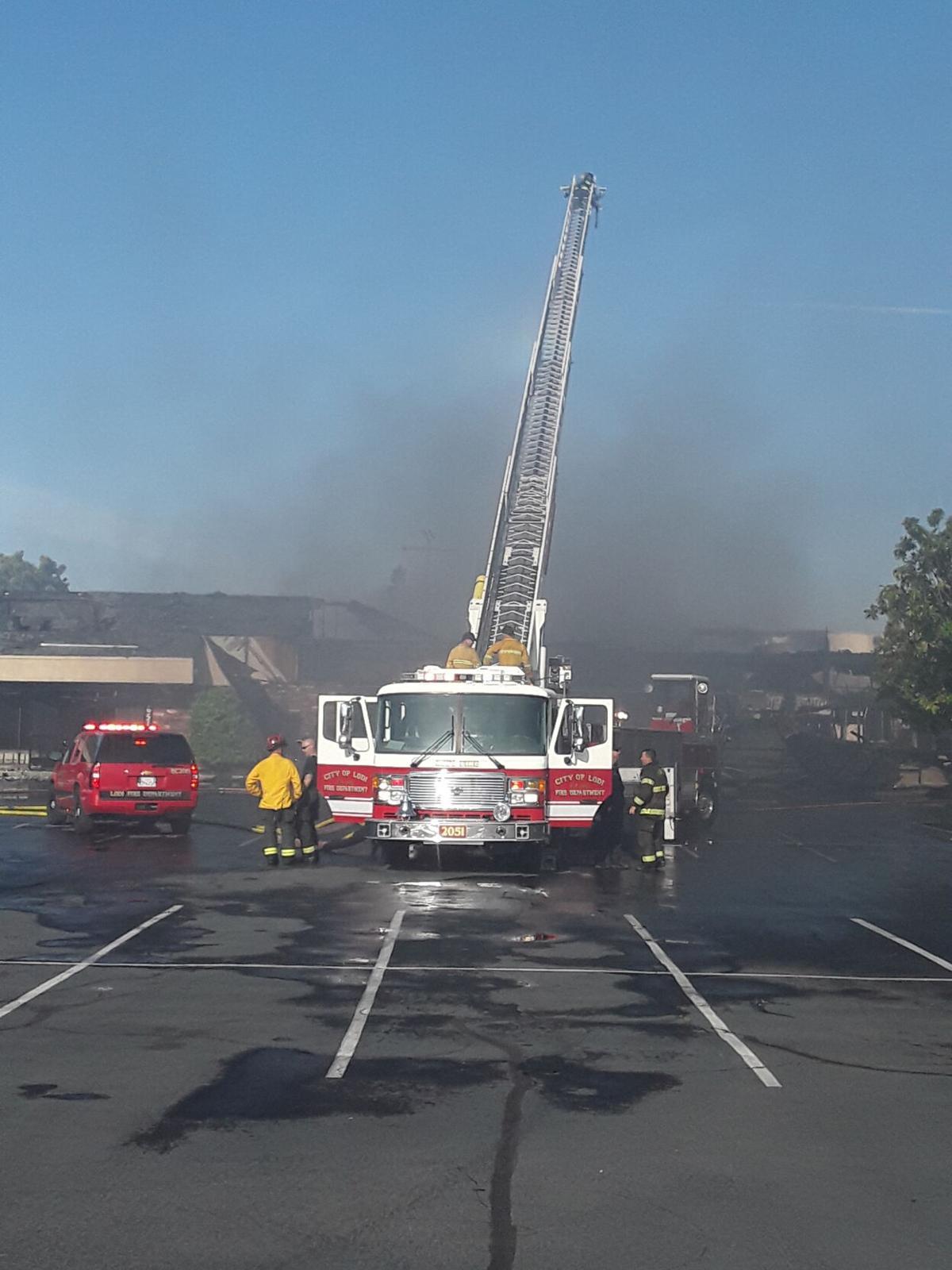 Fire destroys four units at Lodi business plaza