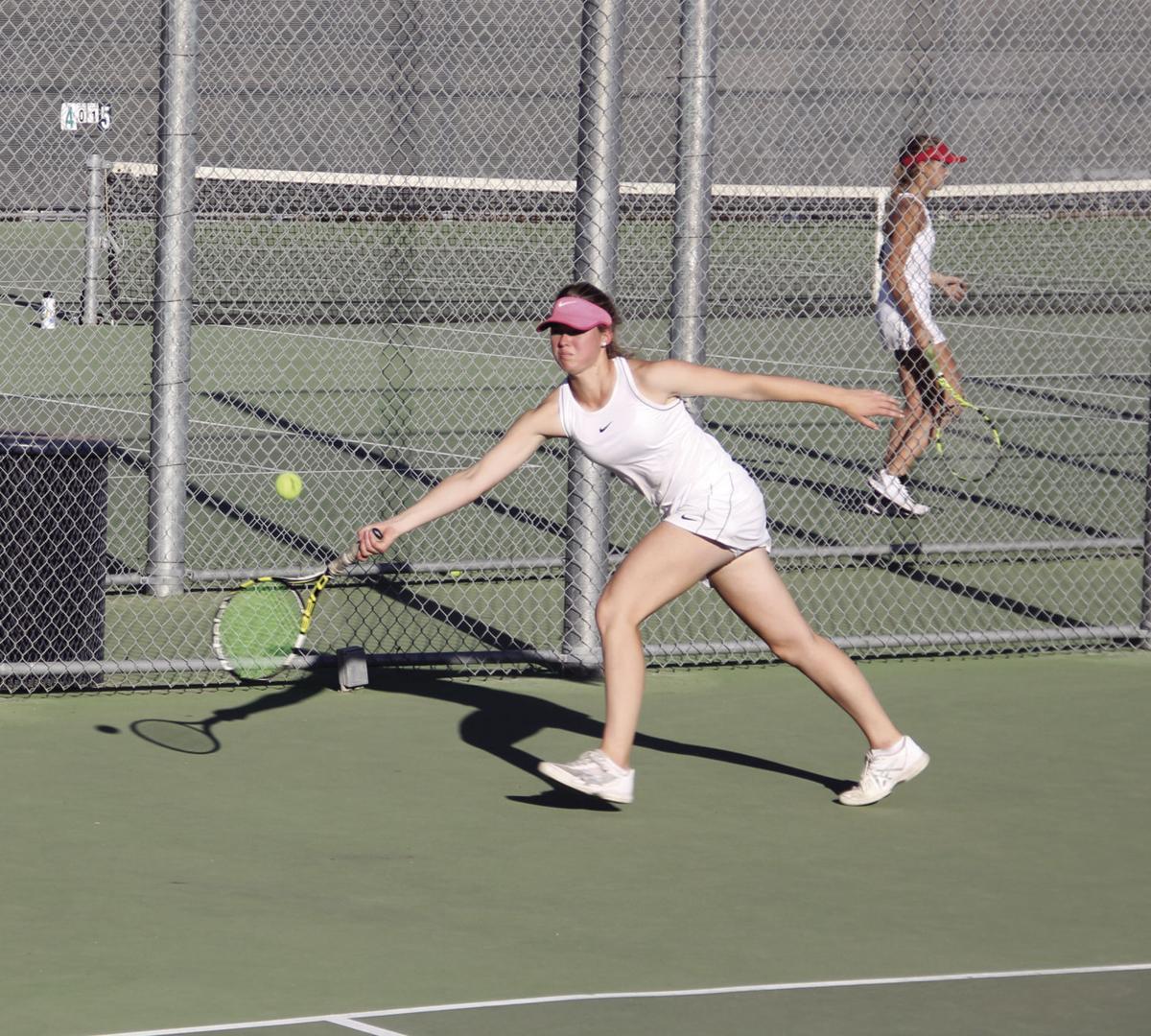SJS D-II girls tennis playoffs: Lodi scores upset over No. 2 Vista del Lago